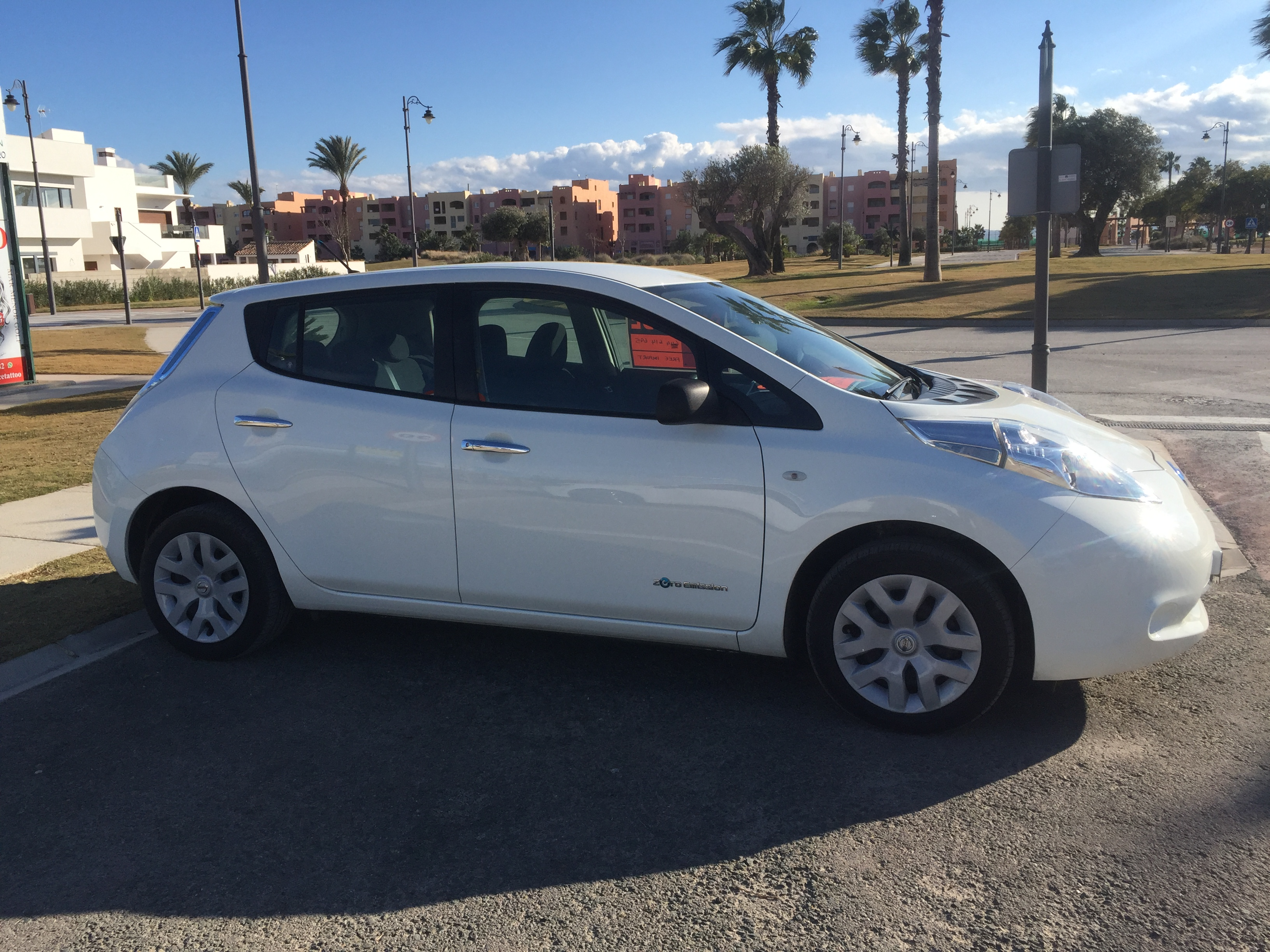for sale nissan leaf electric car buy and sell items in benidorm benidorm forum costa. Black Bedroom Furniture Sets. Home Design Ideas