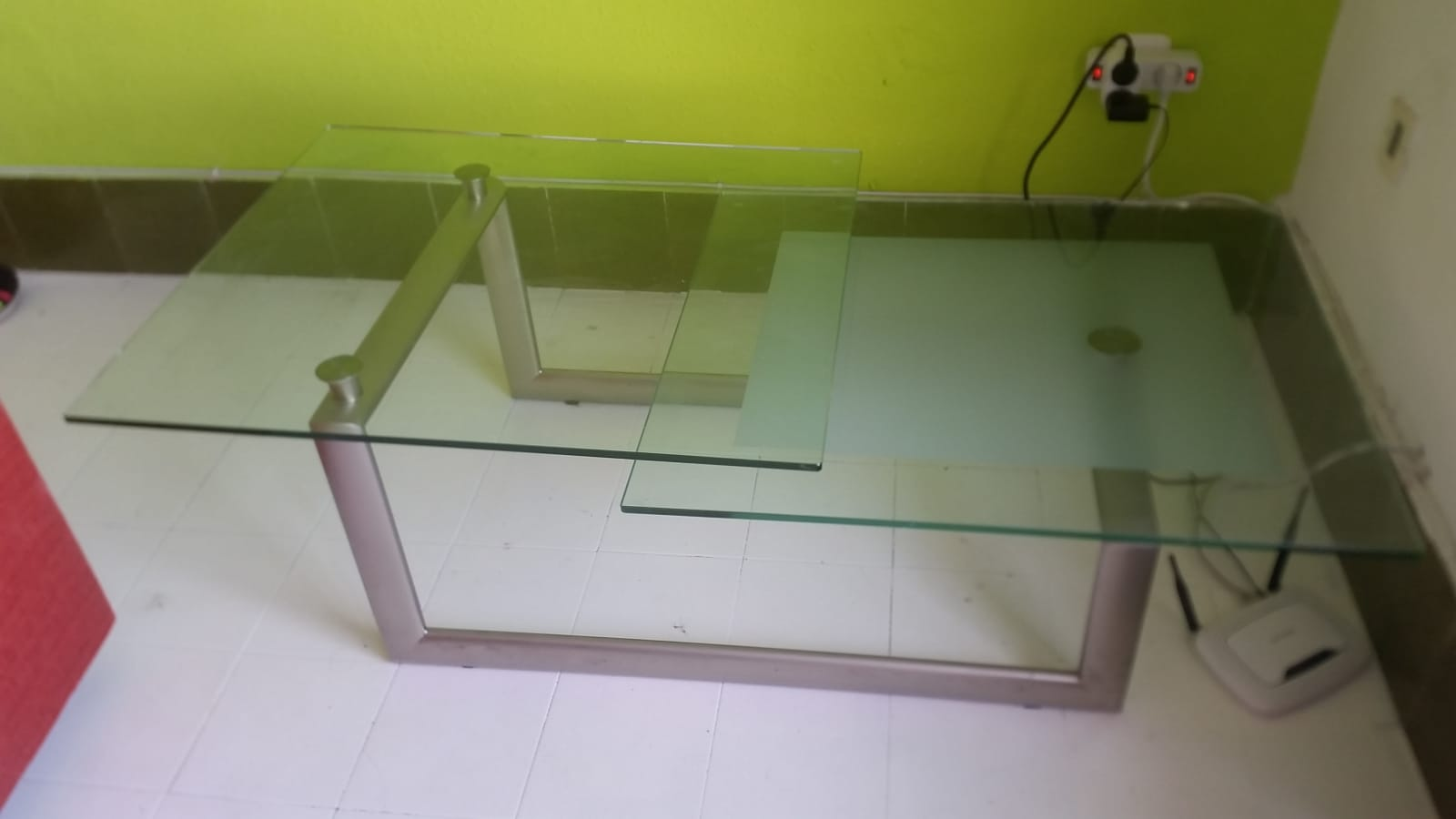 Magnificent For Sale Glass Coffee Table Buy And Sell Items In Los Download Free Architecture Designs Intelgarnamadebymaigaardcom