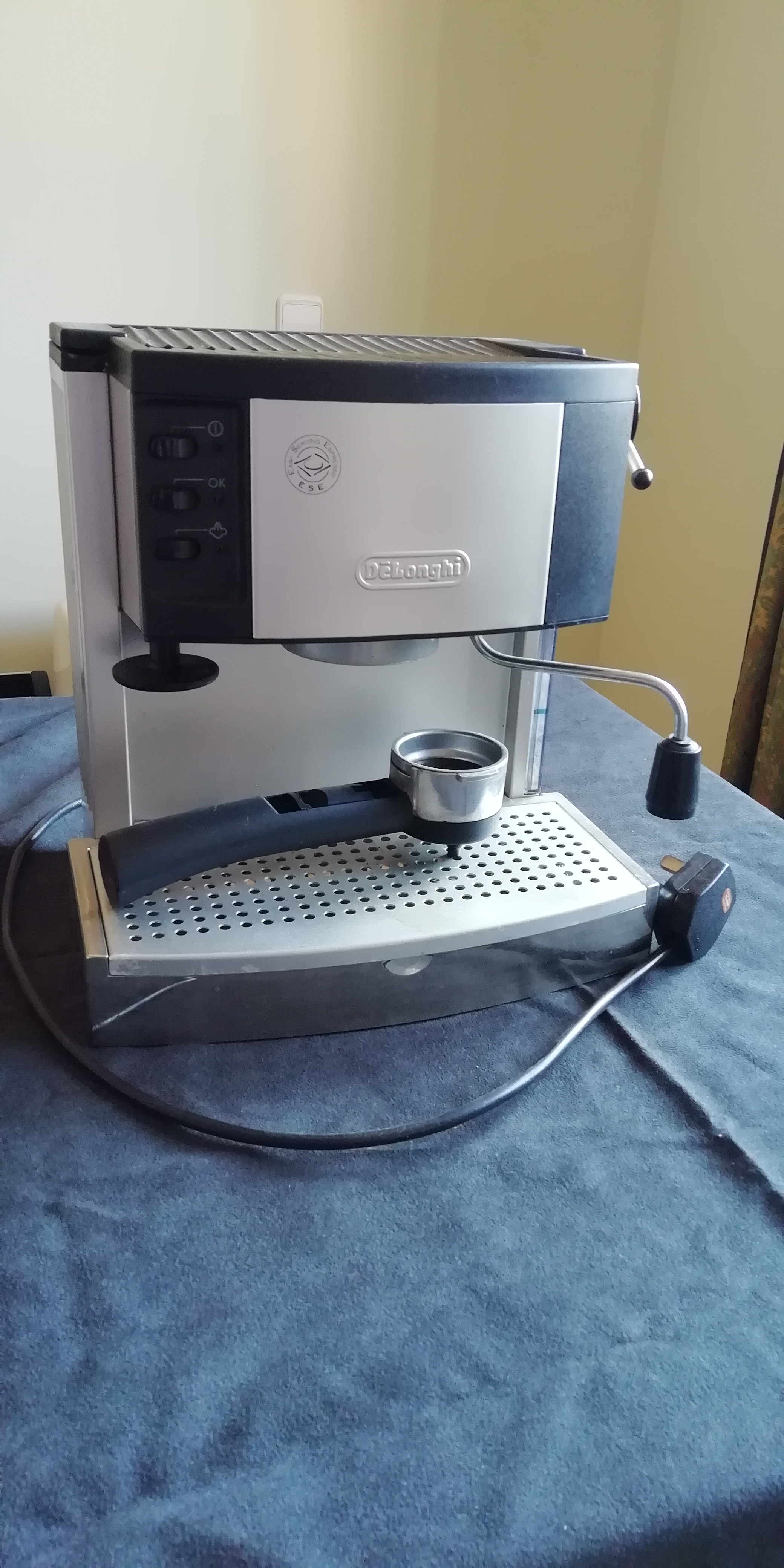 For Sale Delonghi Coffee Maker Buy And Sell Items In Calp