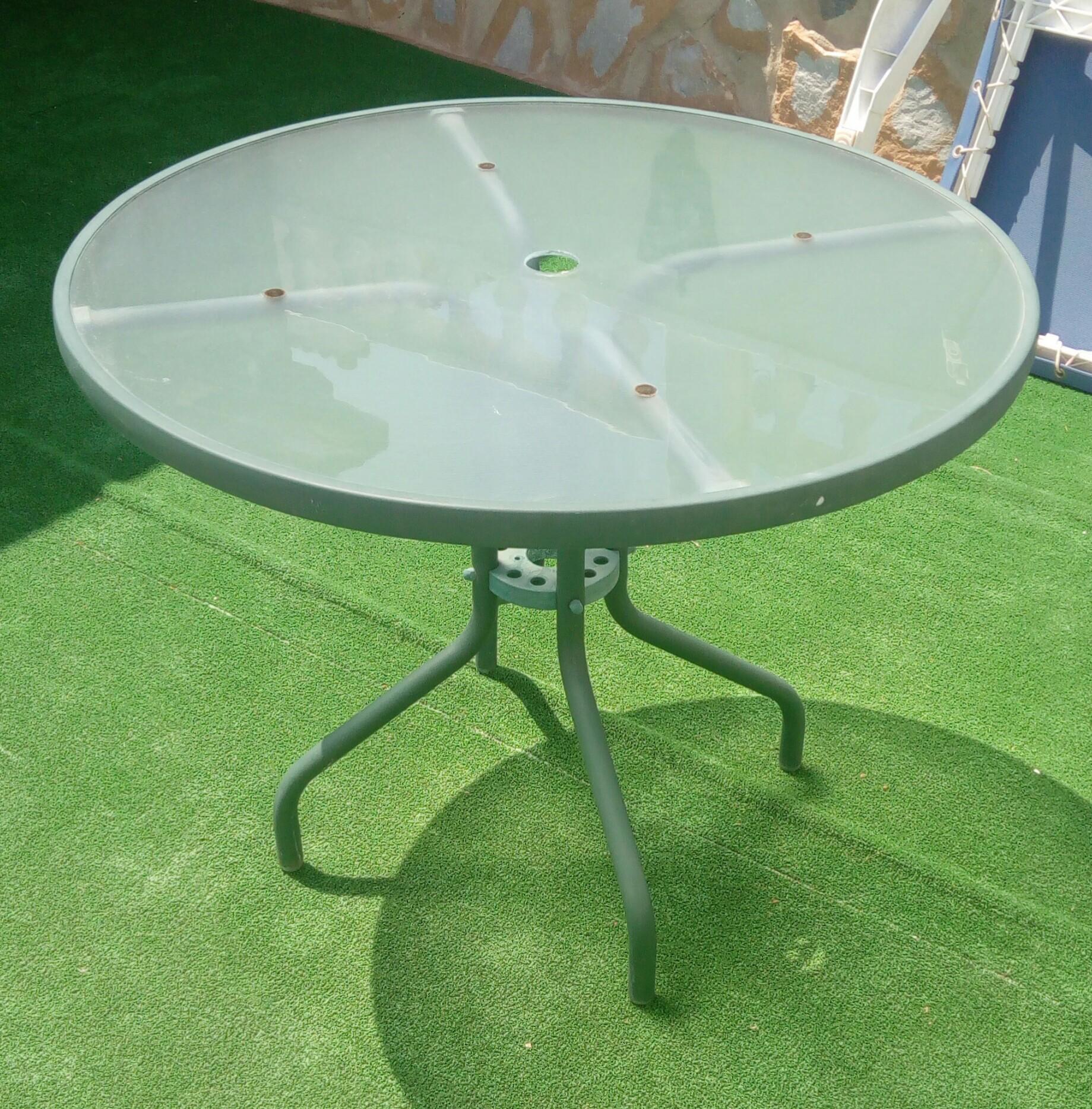 Gl Top Garden Table And Items In Pinar De