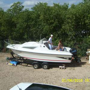 For sale: 5.5mtr day boat,