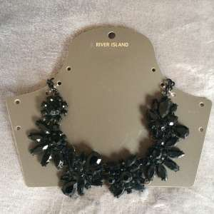 For sale:New River Island black statement necklace - €5