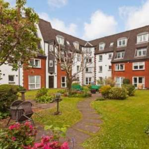 1 bedroom apartment for sale in UK