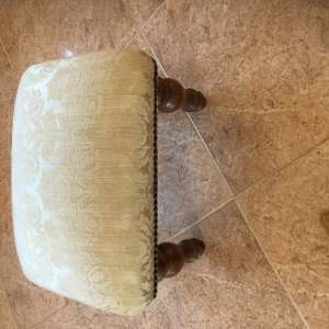 For sale: Foot stool SOLD - €10
