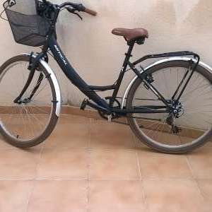 For sale: Woman's bike