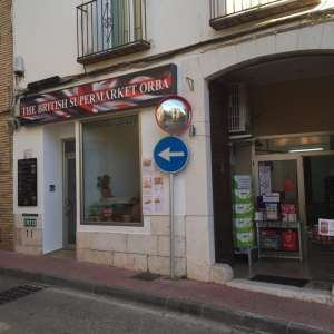The British Supermarket Orba, Cafe & Takeaway