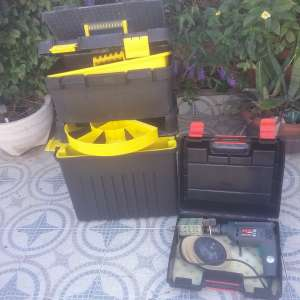 For sale: Stanley tool box and drill - €35