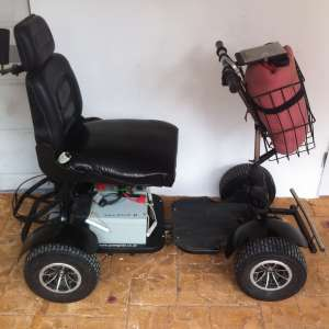 For sale: Single seater golf buggy