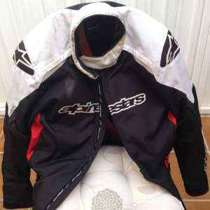 For sale: Motorcycle clothing/gear