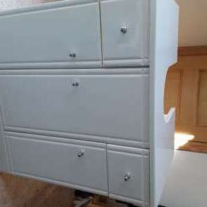 For sale: Bathroom storage unit - €32