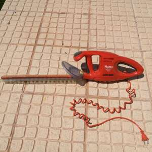 For sale: Hedge trimmer for sale - €25