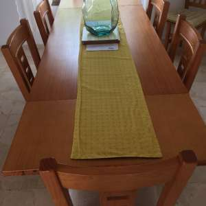 For sale: Dining table and 8 chairs - €100