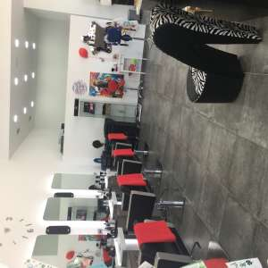Job vacancy: Hairdresser and   Nail technician