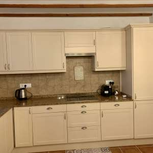 For sale: Fitted kitchen