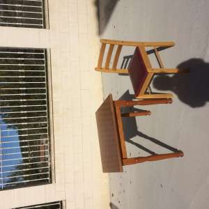 For sale: Table & 4 chairs - €30