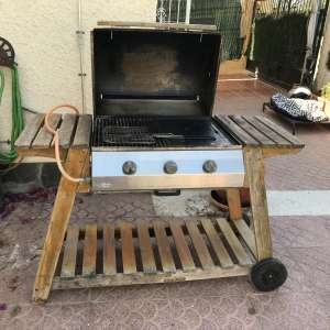 For sale: GAS  TROLLEY BBQ - €40