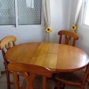 For sale: Dining table and 4 chairs