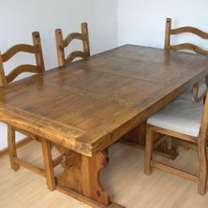 For sale: Mexican wood dining table and 6 chairs
