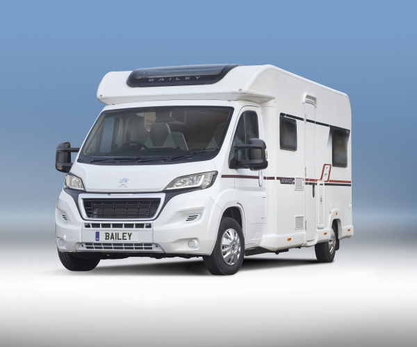 Motorhome Hire 6 - Berth