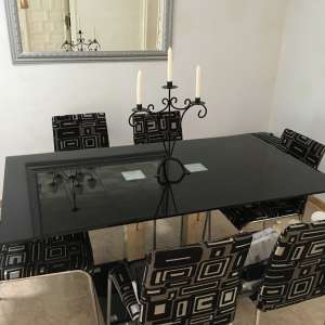 For sale: Dining table and 6 chairs