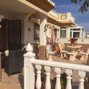 3 bedroom house for sale - €185,000