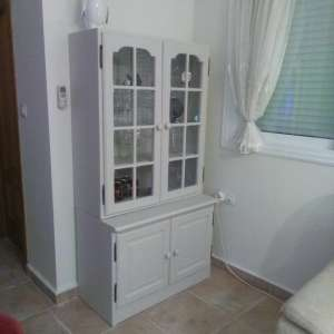 For sale: Painted display cabinet - €60
