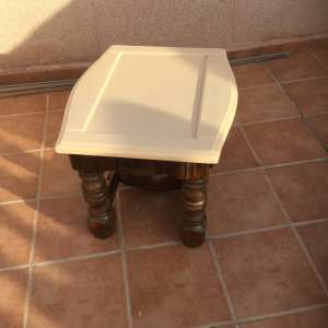 For sale: Chic small table - €15