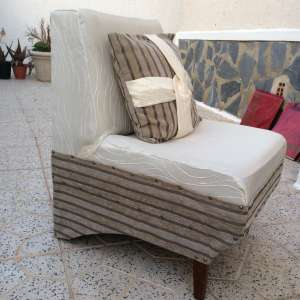 For sale: Easy chair with matching pillow - €25