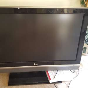 For sale: 37 inch LGTV - €70