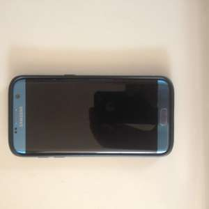 For sale: S7 Samsung Edge Mobile Phone - €150