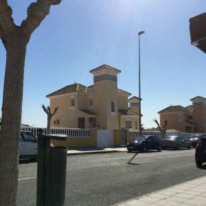 3 bed 2 bathrooms Villa for rent in campoverde