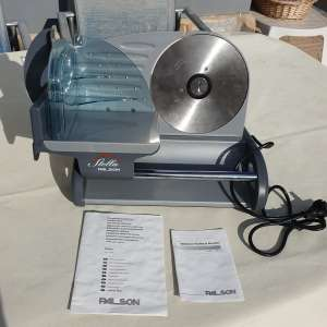 For sale: Stella palson meat slicer - €50