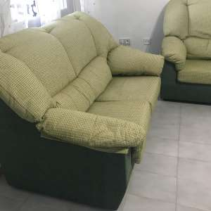 For sale: 2 & 3 seater settees in a green shade - €100
