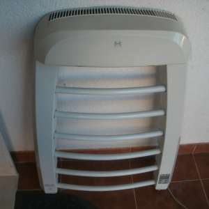 For sale: Delonghi Wall Mounted Bathroom Heater / Towel Rail