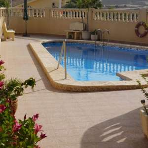 2 bed apartment in San Miguel looking to rent out long term