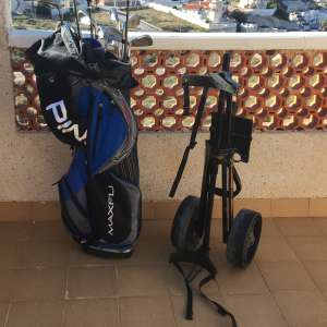 For sale: Full set of golf clubs - €80