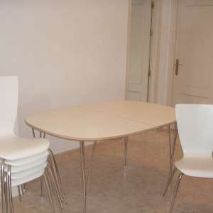 For sale: White dining table and 6 chairs - now reduced!