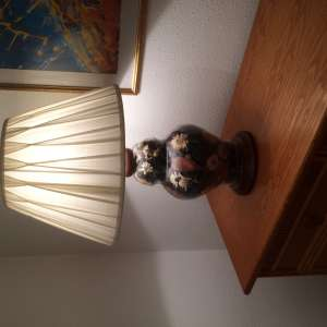 For sale: Floral glass table lamp