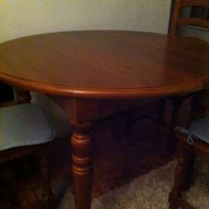 For sale: Dining table dark pine with 4 chairs and coffee table in similar wood - €70