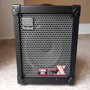 For sale: ROLAND CUBE 30X GUITAR AMPLIFIER - €90