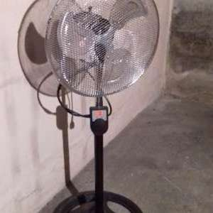 For sale: fan - €25