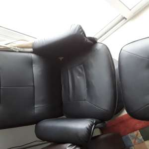 For sale: Electric massage recliner with stool - €60