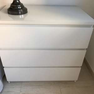 For sale: Moving sale/ chest of drawers, ....