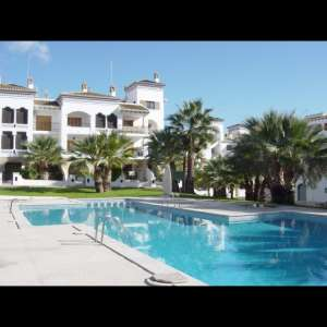 Short term rental: 1 bedroom apartment in villamartin plaza (sleeps 4)