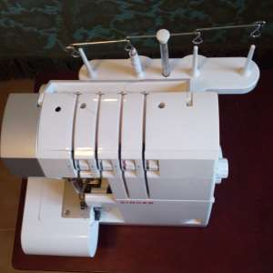 For sale: Overlocker sewing machine - €50