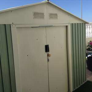 For sale: Large metal shed - €150