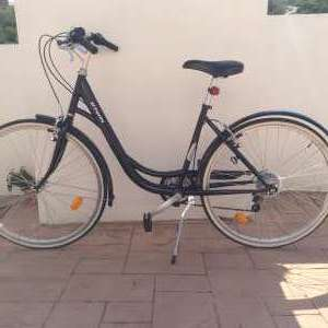 For sale: Women's Bike