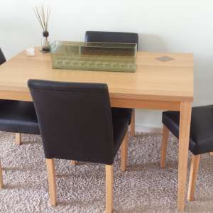 For sale: Table and 4 chairs