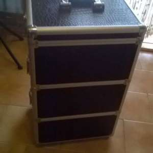 For sale: Professional Beauty Case and Trolley - €25