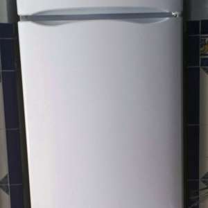 For sale: Indesit R24 Fridge Freezer - €75
